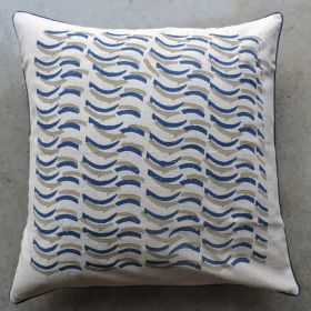 CUSHION COVER WITH WAVES DESIGN