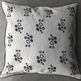 CUSHION COVER WITH DOT DESIGN